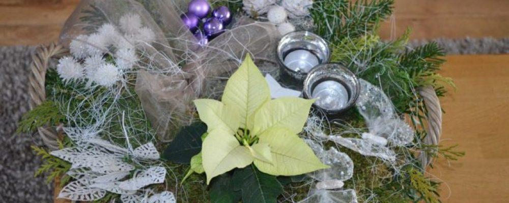 Leerlingen Dubbelster en Bieshaar maken kerststukjes voor ouderen